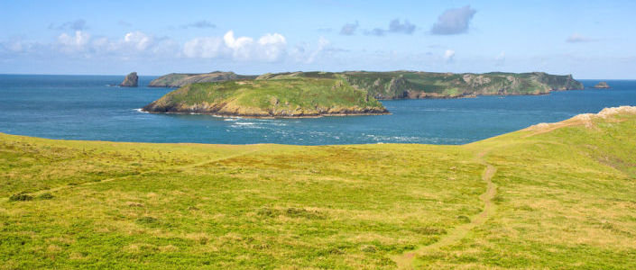 9-14 Oct: Whitesands Bay to Freshwater West read more